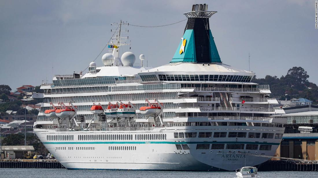 After months at sea, the last cruise ship bring travelers makes it house